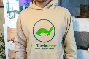 theTurtleRoom Two-Color Logo Sweatshirt